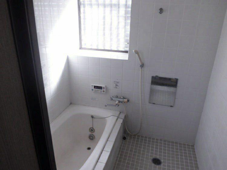 お風呂リフォーム前の写真