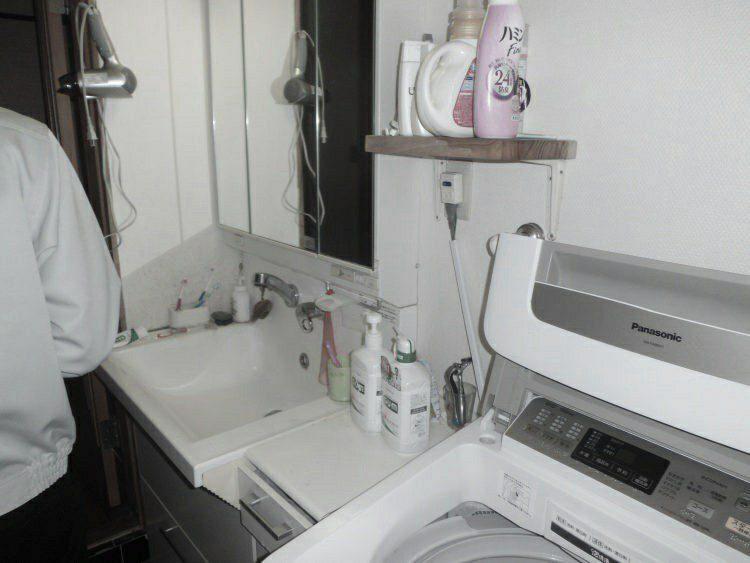 洗面室リフォーム前の写真